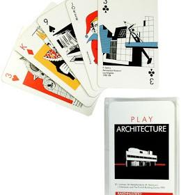 Giocare a carte con gli architetti