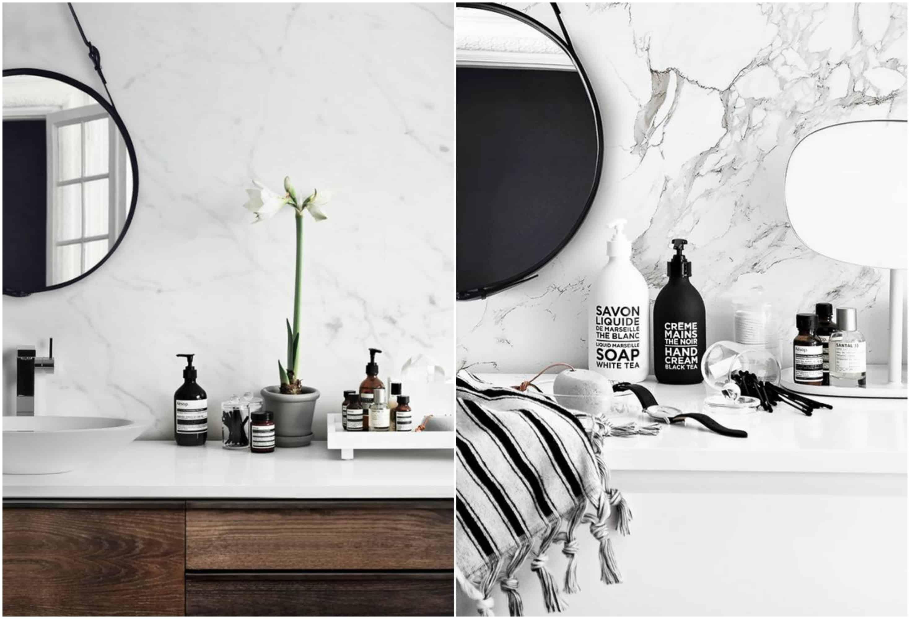 Bagno bianco e nero bagno con lavandino e moderno mattone di