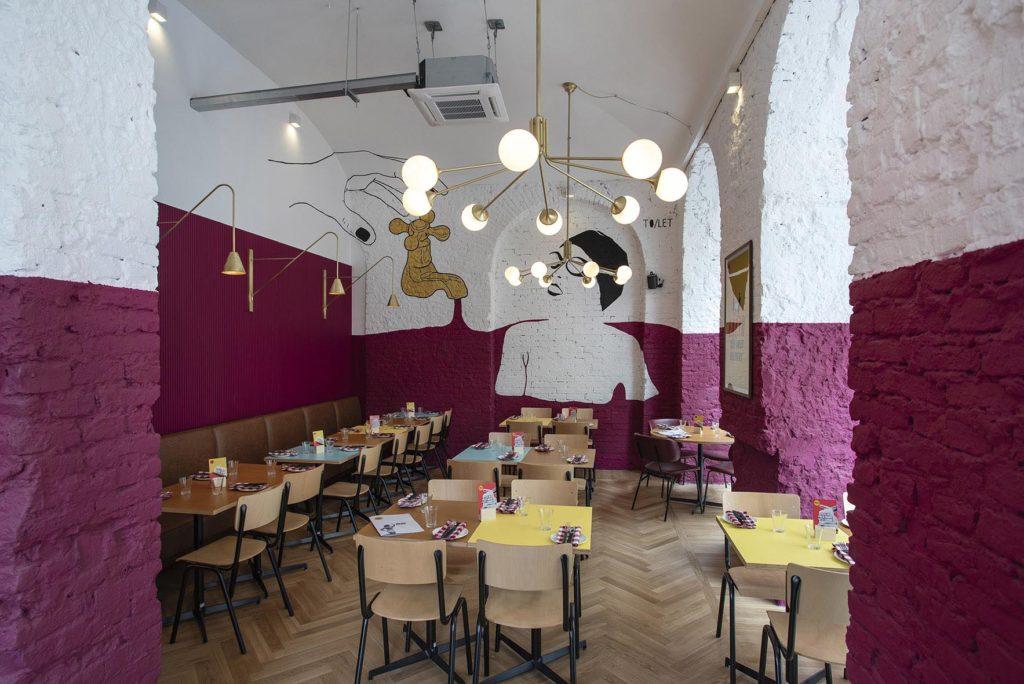 Nuova apertura di una pizzeria Berberè in centro a Torino:un locale intimo, ma dalla forte personalità, curato nei minimi dettagli.
