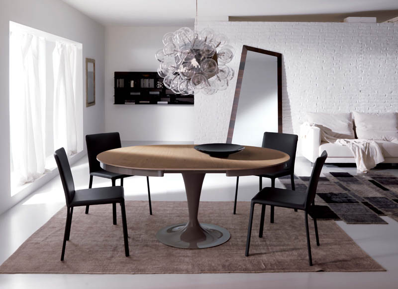 Tavolo rotondo allungabile: avete mai pensato di scegliere questo particolare modello di tavolo per casa vostra?