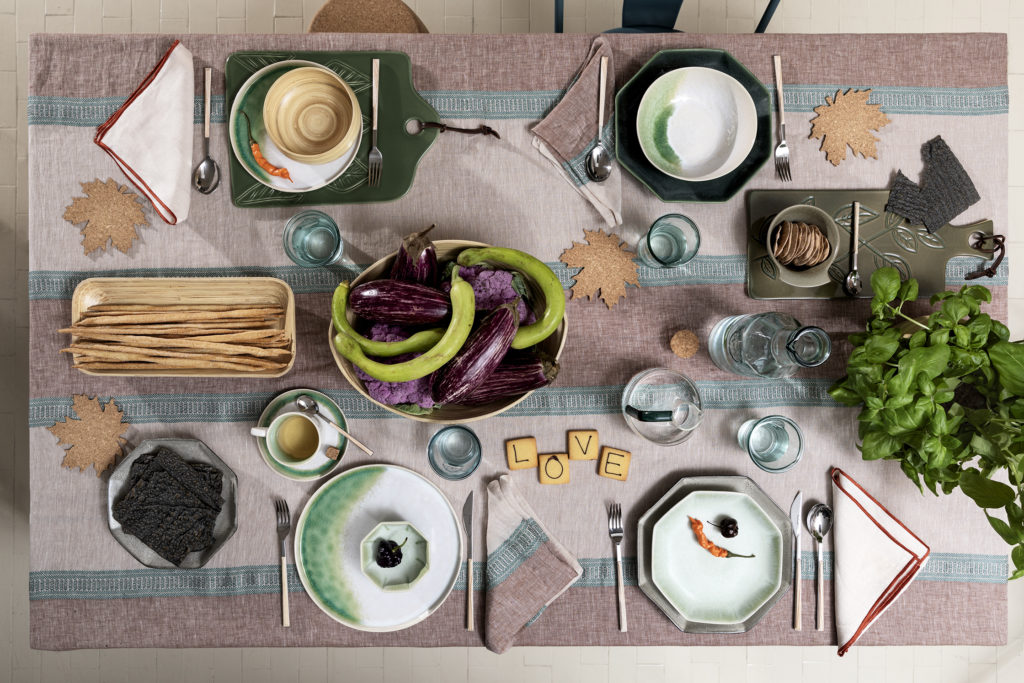 Coincasa Collezione primavera 2020: una nuova serie di prodotti realizzati per la nostra casa, accessori tessili, per la tavola, tutti ecosostenibili.