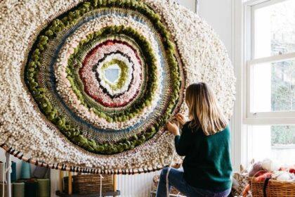 Le opere d'arte in tessuto di Tammy Kanat